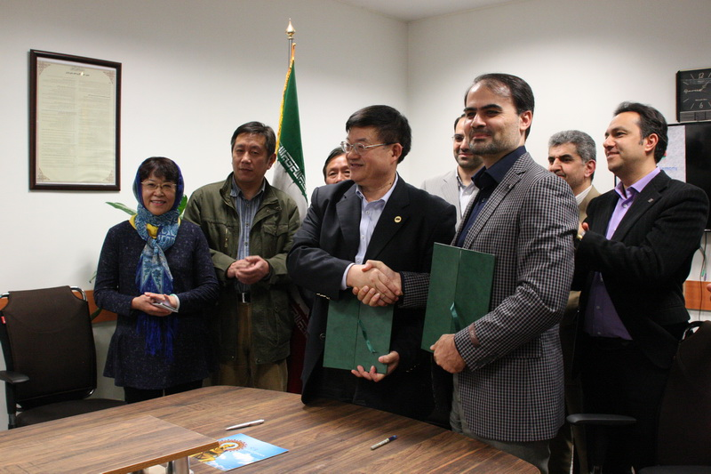 Collaboration Agreement of Iranian and Chinese Traditional Medicine, Signed